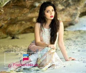 Top Pakistani Actrees Cum Model Mahira Khan Biography
